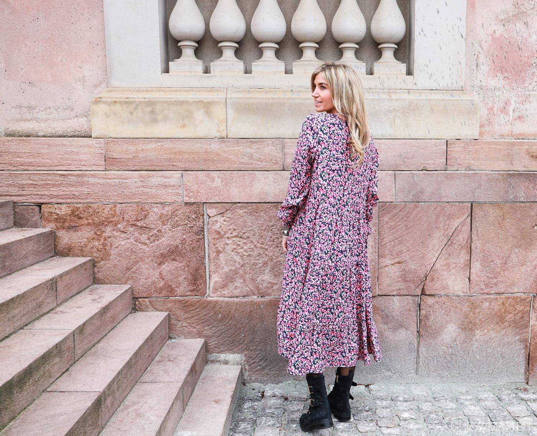 greymatter-fashion-maxi-kjole-fra-vila.jpg