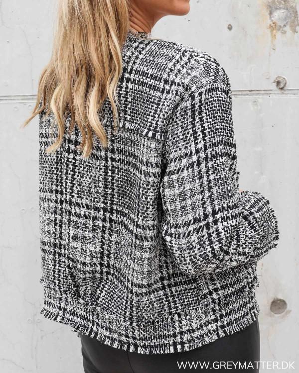 Boucle jakke fra Neo Noir i sort og hvid