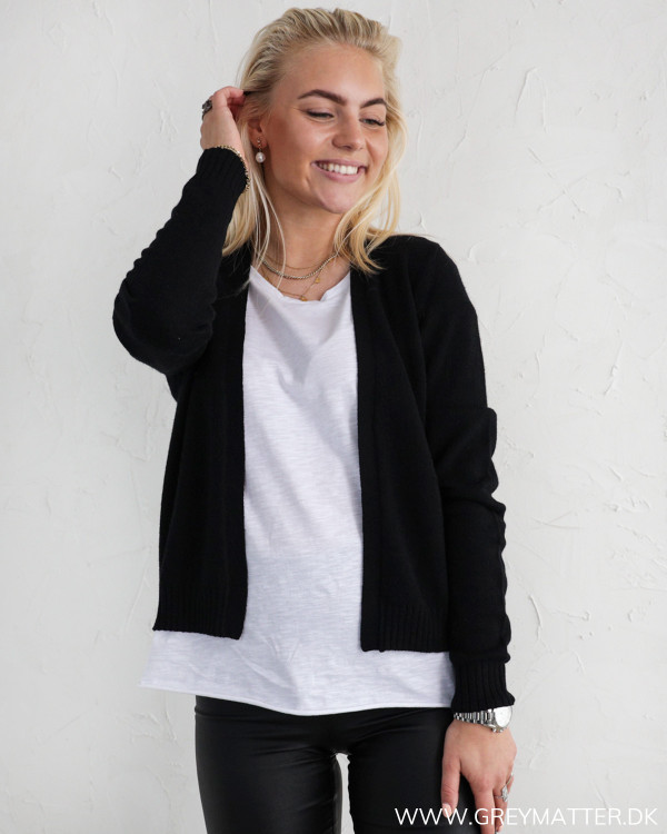 Vila Viril Short Black Knit Cardigan