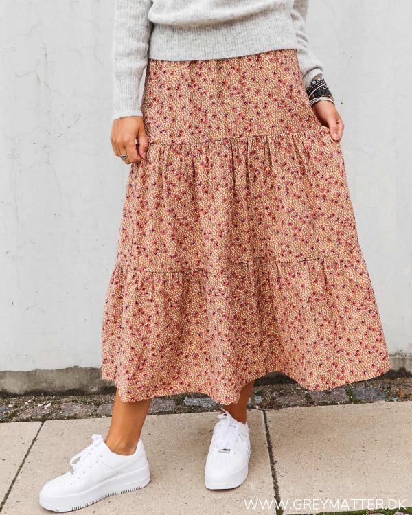Vila nederdel med blomsterprint efterårs kollektion