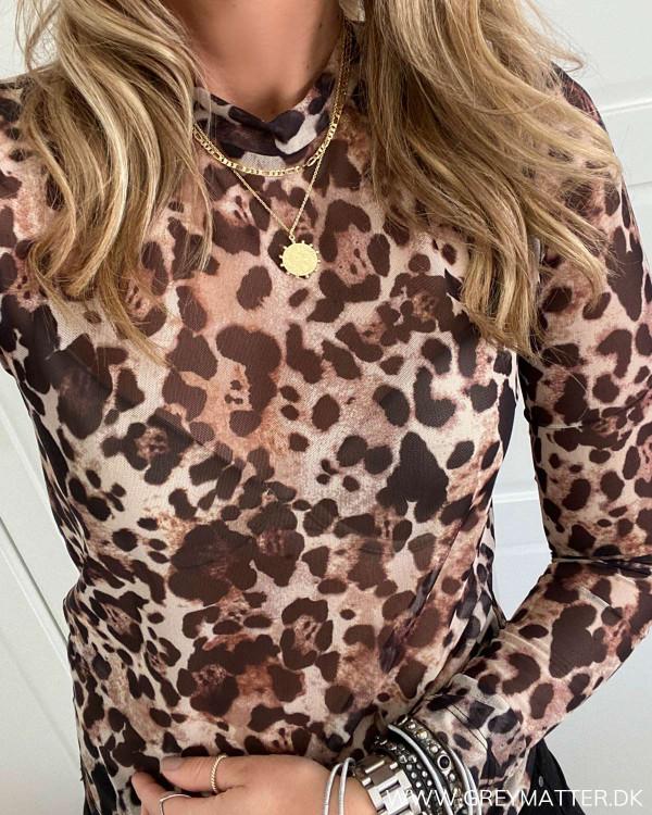Leopard print bluse fra Vila
