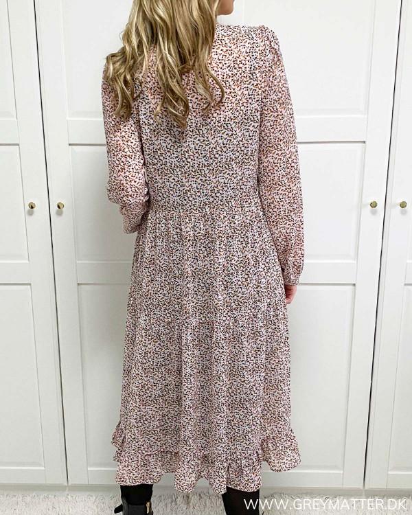 Vila kjole med print hos Grey Matter