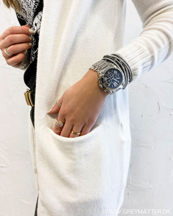 Viril Open White Alyssum Knit Cardigan