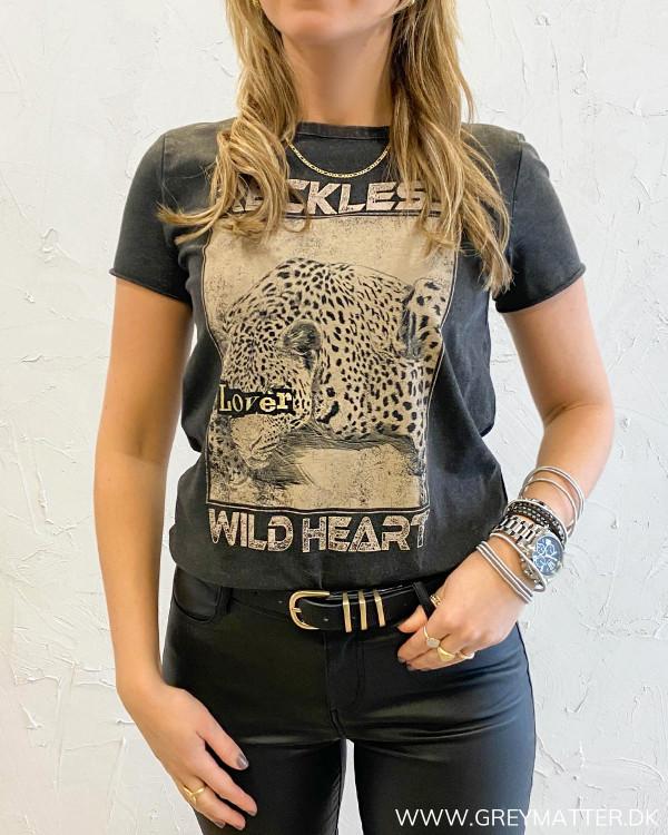 Onllucy Life Reckless Leopard T-Shirt