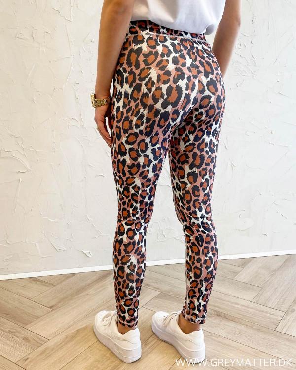 Onlkoda Red Leopard Leggings