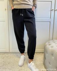 Onlscarlett Black Sweat Pants