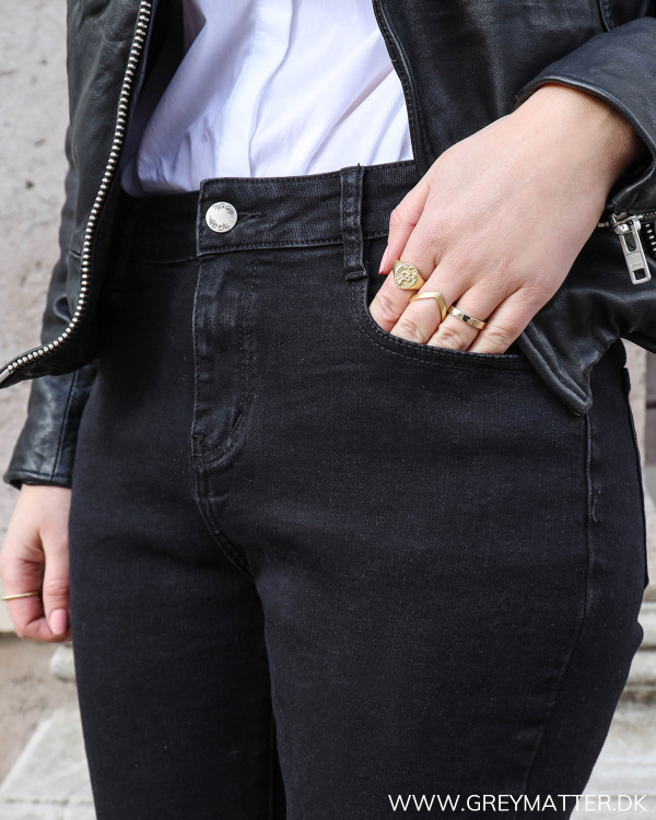 The Perfect Black Mom Jeans