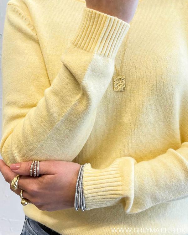 Viril Sunlight O-Neck Knit Top