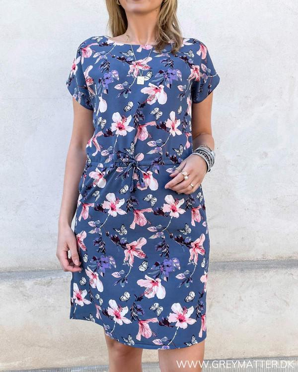 Sommerkjoler med print og smukke farver