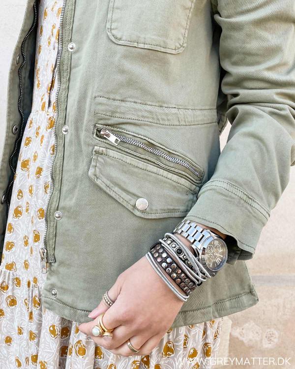 Cool jakke i army til damer