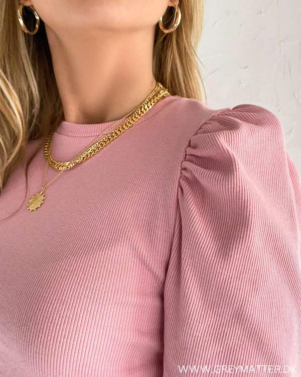 Pieces bluse i lyserød med puf