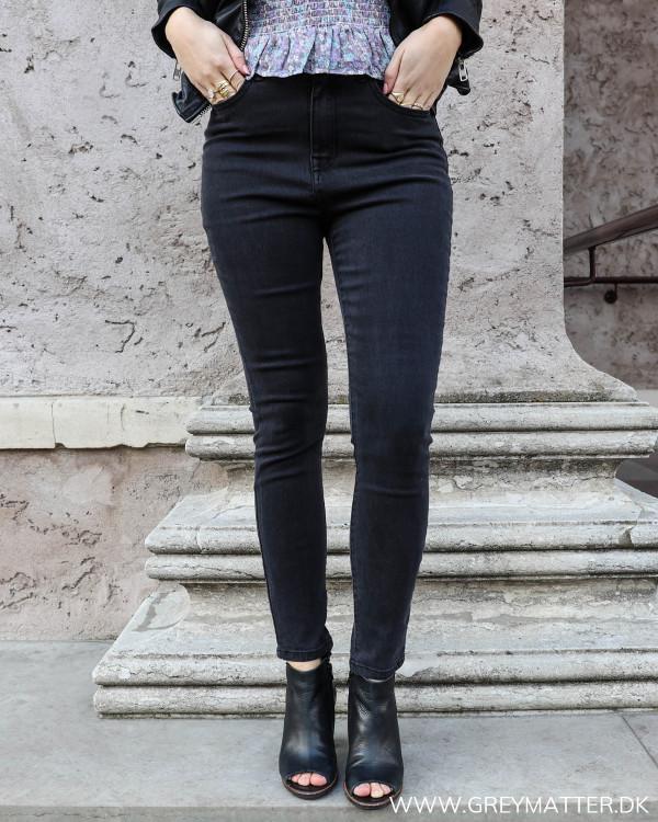 Lækre high waist jeans fra Vila set forfra