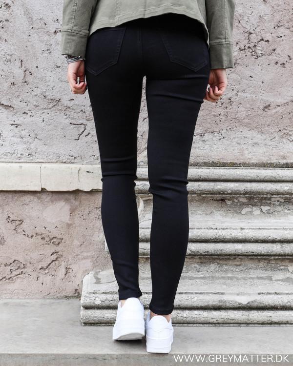 Sorte Vila jeans i skinny-fit pasform set bagfra