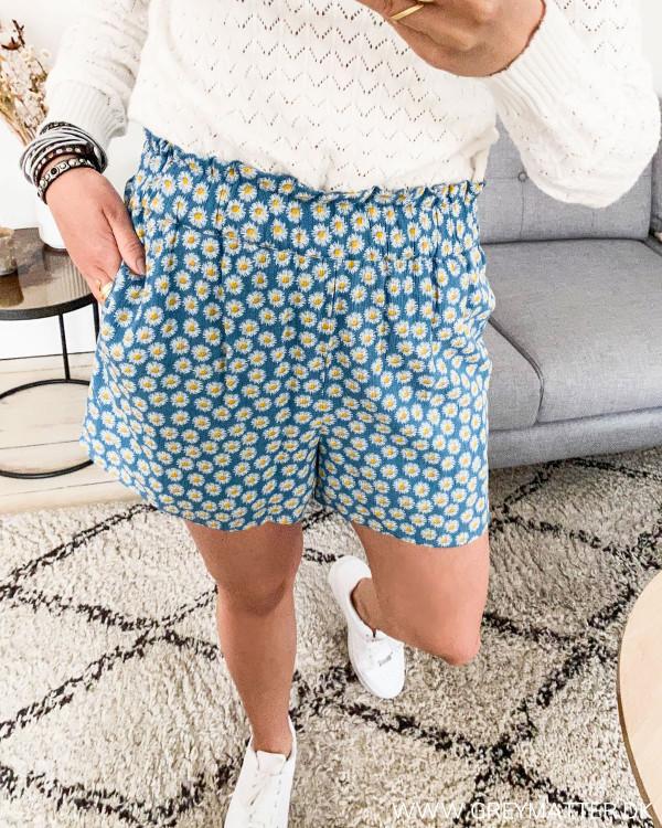 Shorts med blomsterprint fra YAS