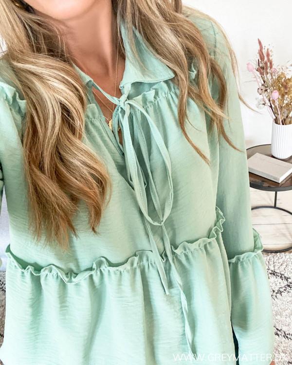 Mint grøn bluse