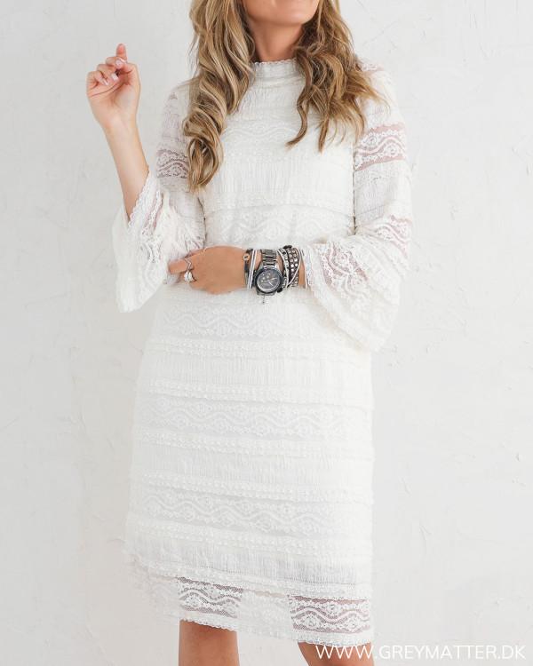 Hvid blondekjole fra Pieces