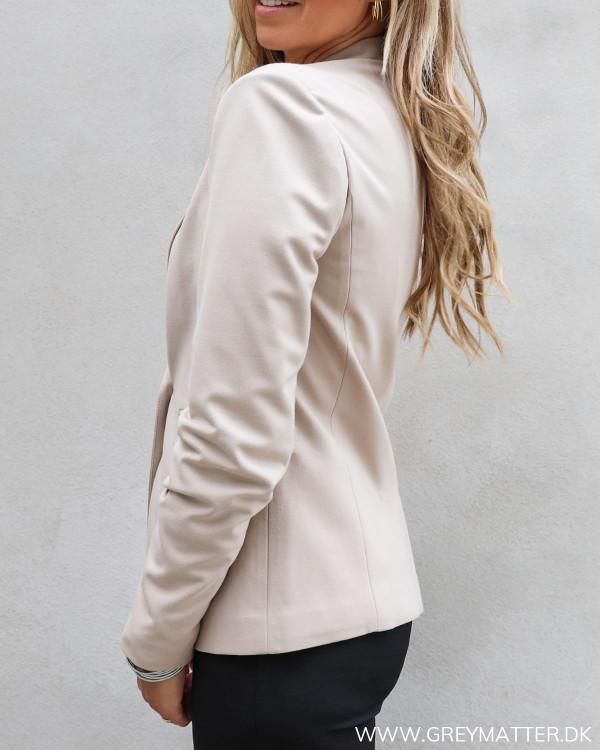 God blazer jakke til damer fra Neo Noir