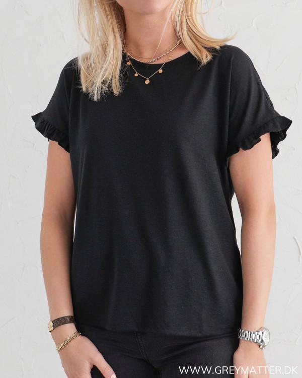 Sort t-shirt fra Vila til damer