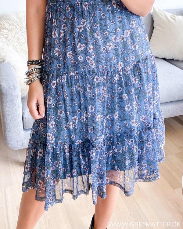 Skøn Vidavis kjole fra Vila med blomster print