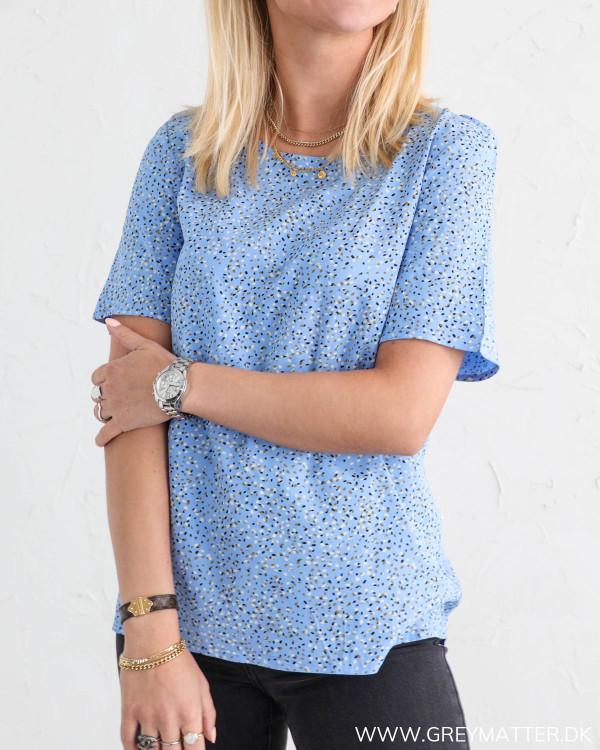 Vila t-shirt til damer hos Grey Matter Fashion