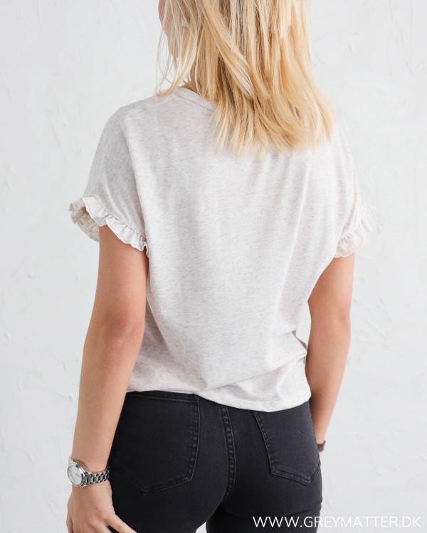 T-shirt fra Vila til damer med smuk detalje