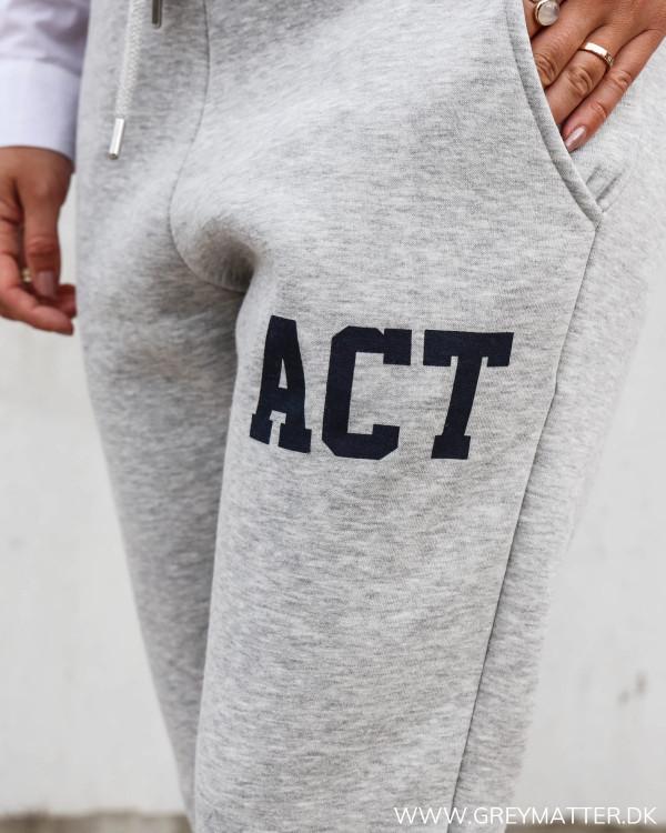 Sweat bukser fra Pieces i grå